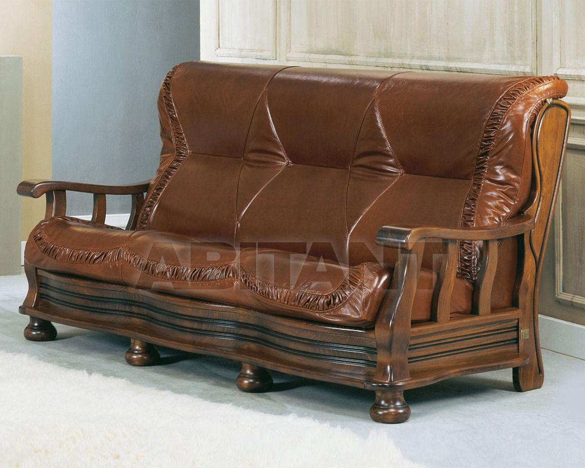Trading sofas s r l by g m italia for Divani rustici